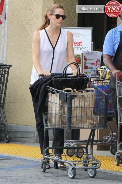 Jennifer Garner - Brentwood - 27-10-2015 - Star come noi: è il momento di fare la spesa!