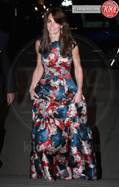 Kate Middleton - Londra - 27-10-2015 - Le celebrity? Sul red carpet e fuori sono regine di... fiori!