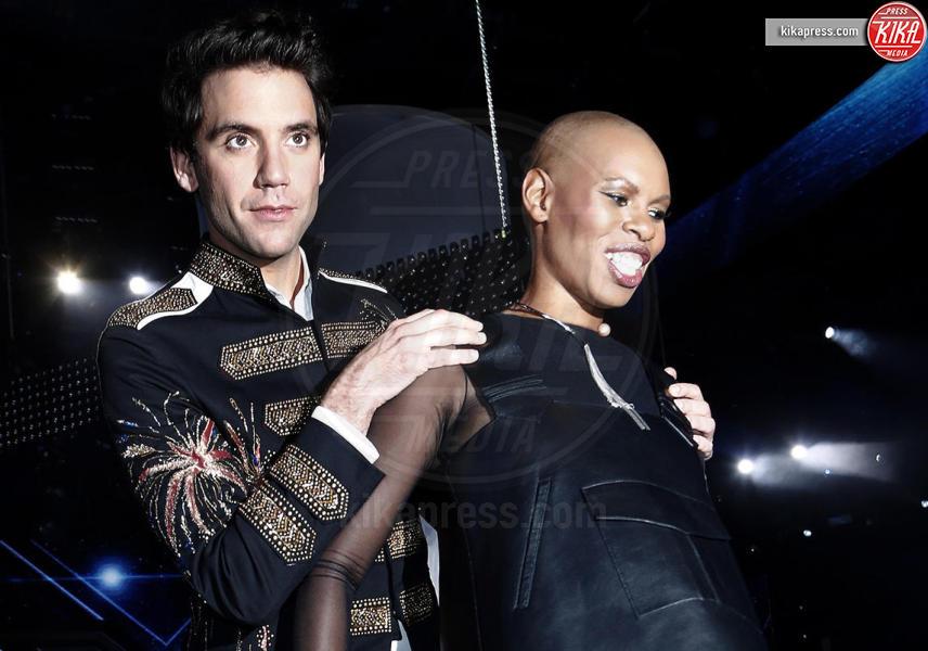 Mika, Skin - Milano - 29-10-2015 - X Factor: Mika lascia il ruolo di giudice