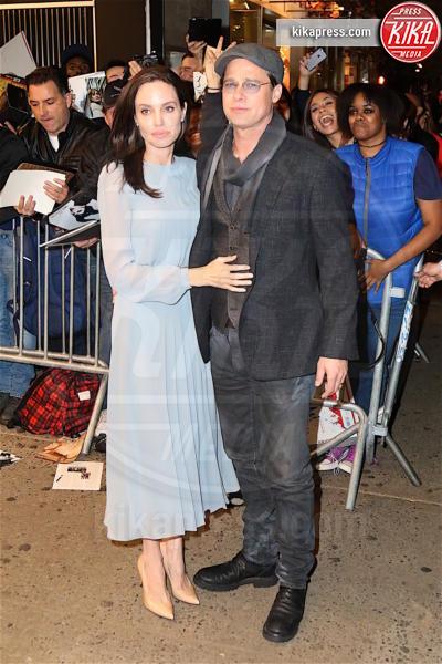 Angelina Jolie, Brad Pitt - New York - 03-11-2015 - Un anno senza Brangelina: parla Brad Pitt
