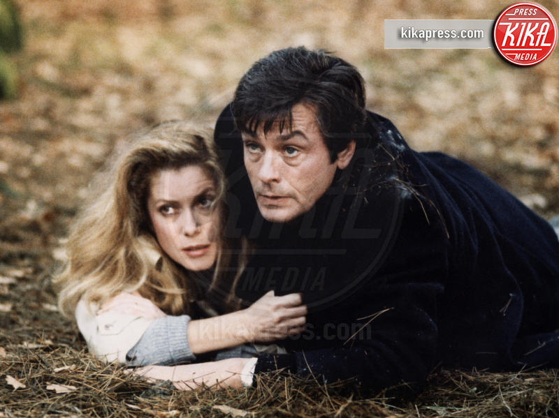 Alain Delon, Catherine Deneuve - 01-01-2011 - Catherine Deneuve ha avuto un malore: