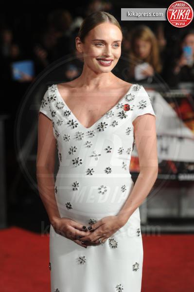 Laura Haddock - Londra - 05-11-2015 - Jennifer Lawrence, da impacciata a femme fatale