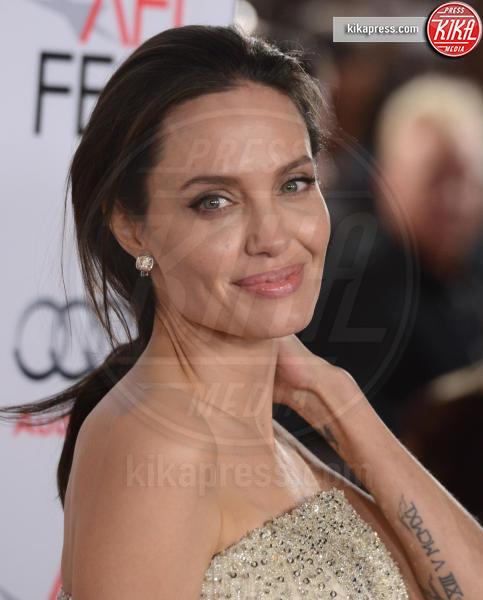 Angelina Jolie - Hollywood - 05-11-2015 - Angelina Jolie ha una malattia autoimmune