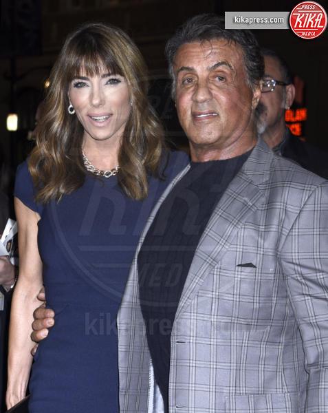 Jennifer Flavin, Sylvester Stallone - Hollywood - 09-11-2015 - Rambo è pronto a tornare, la Fox ralizzerà una nuova serie tv