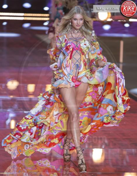 Elsa Hosk - New York - 10-11-2015 - Gli angeli che calcheranno il Victoria's Secret fashion show