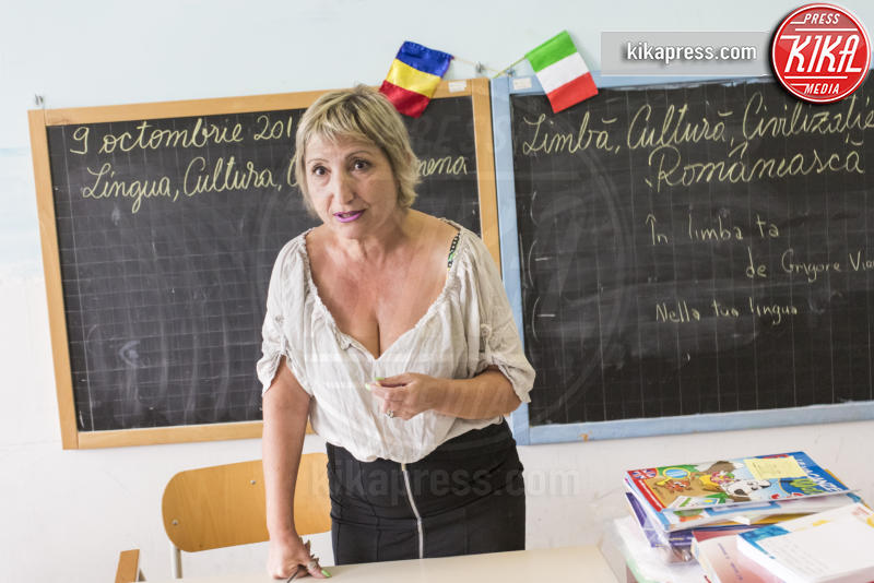 Giovanna Caligiuri - Ladispoli - 11-10-2015 - Alle elementari si insegna il rumeno
