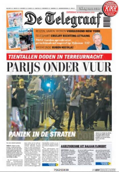 De Telegraaf - Parigi - 14-11-2015 - Carneficina a Parigi, le prime pagine di tutto il mondo