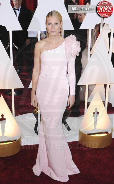 Gwyneth Paltrow - Los Angeles - 22-02-2015 - Le celebrity? Tutte romantiche belle in rosa!
