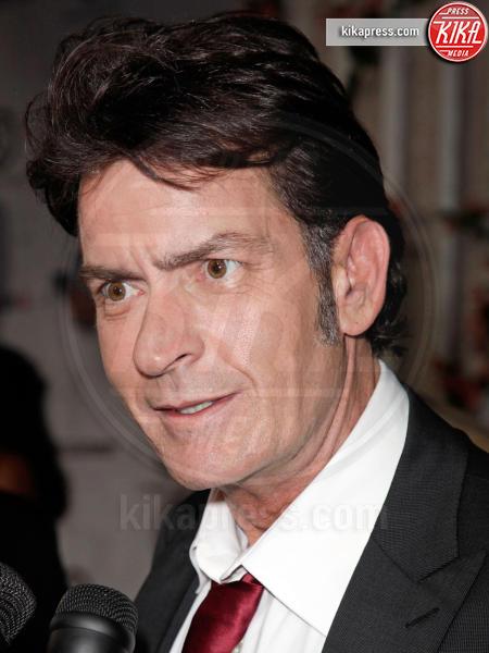 Charlie Sheen - usa - 10-09-2011 - Sheen avrebbe tentato di assoldare un killer per uccidere l'ex