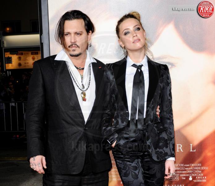 Amber Heard, Johnny Depp - Los Angeles - 21-11-2015 -