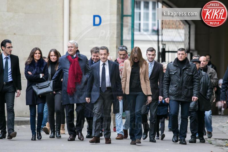 Carla Bruni-Sarkozy, Nicolas Sarkozy - Parigi - 13-12-2015 - Sarkozy-Bruni: il Front National? Un brutto ricordo
