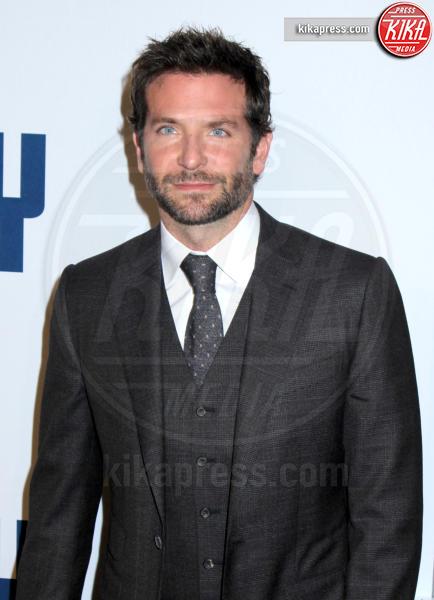 Bradley Cooper - New York - 13-12-2015 - Irina Shayk è incinta di Bradley Cooper: le foto