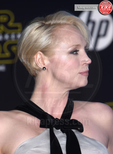 Gwendoline Christie - Hollywood - 14-12-2015 - Il Trono di Spade 6: parla Brienne di Tarth