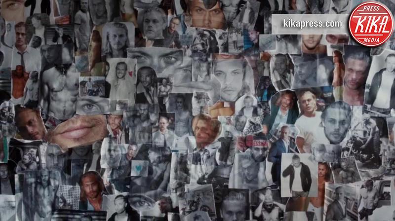 Christopher Mason, Selena Gomez - Los Angeles - 26-12-2015 - Selena Gomez è una sexy stalker nel video di Hands To Myself
