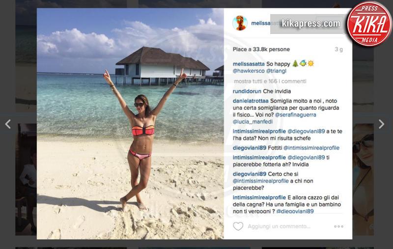 Melissa Satta - Star come noi... o quasi... se vi rilassate al sole d'inverno!