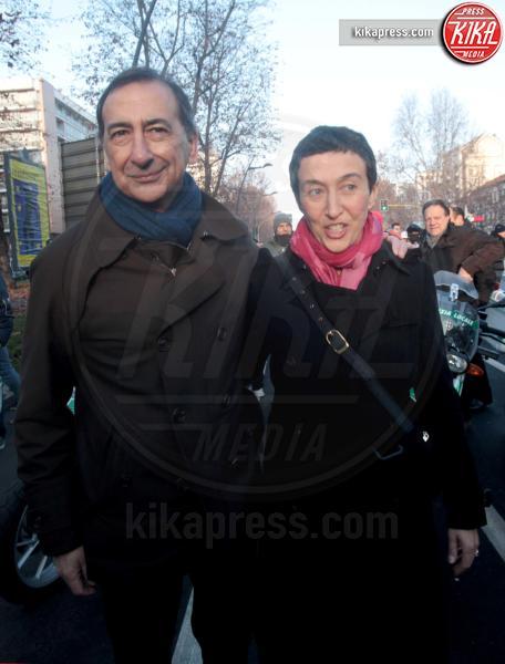 Francesca Balzani, Giuseppe Sala - Milano - 06-01-2016 - Uno per tutti, tutti per la... befana dei Clochard!