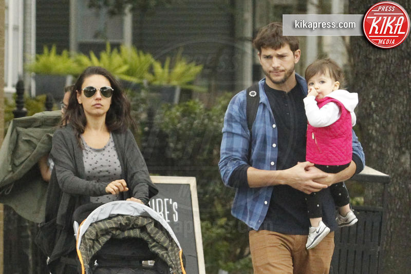 Wyatt Isabelle Kutcher, Mila Kunis, Ashton Kutcher - New Orleans - 09-01-2016 - Mila Kunis è diventata mamma per la seconda volta