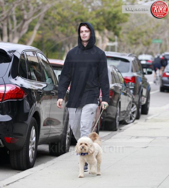 Patrick Schwarzenegger - Los Angeles - 09-01-2016 - Star come noi: la vita non è la stessa senza un cane