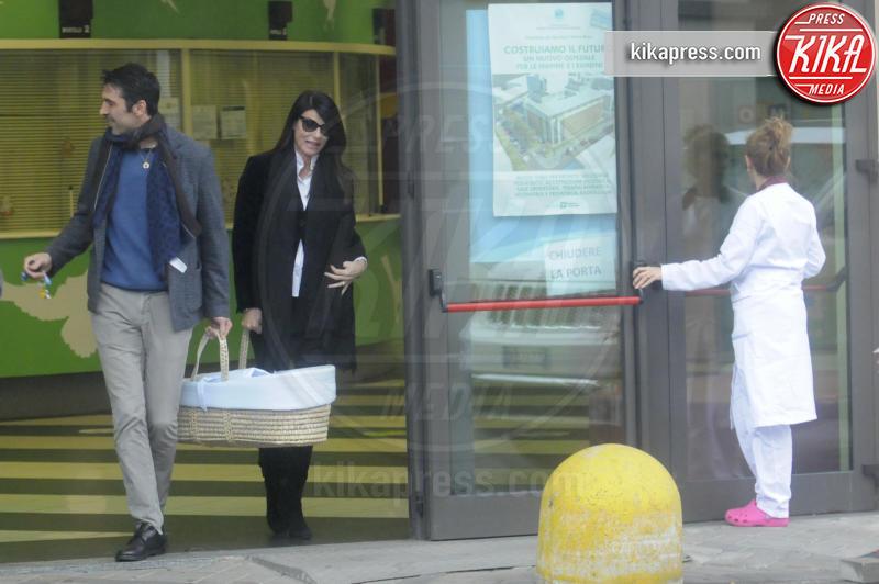 Leopoldo Mattia Buffon, Ilaria d'Amico, Gianluigi Buffon - Torino - 09-01-2016 - Gigi Buffon-Ilaria D'Amico: ecco le prime foto da neogenitori