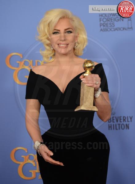 Lady Gaga - Beverly Hills - 10-01-2016 - American Horror Story 6, ci sarà anche Lady Gaga?