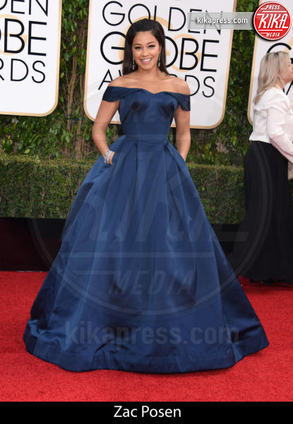 Gina Rodriguez - Beverly Hills - 10-01-2016 - Golden Globe 2016: gli stilisti sul red carpet