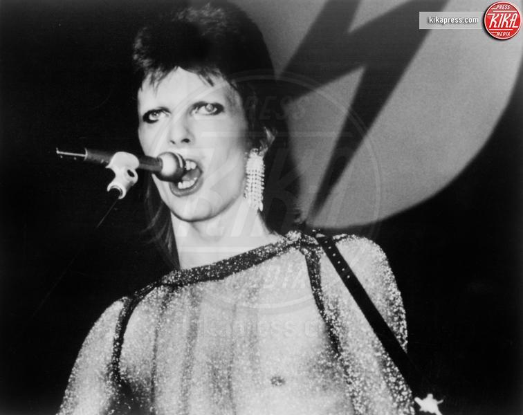 David Bowie - 03-12-1970 - David Bowie, l'uomo che cadde sulla Terra