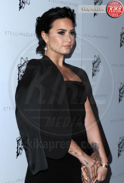 Demi Lovato - Los Angeles - 13-01-2016 - Parata di stile alla corte di Stella McCartney