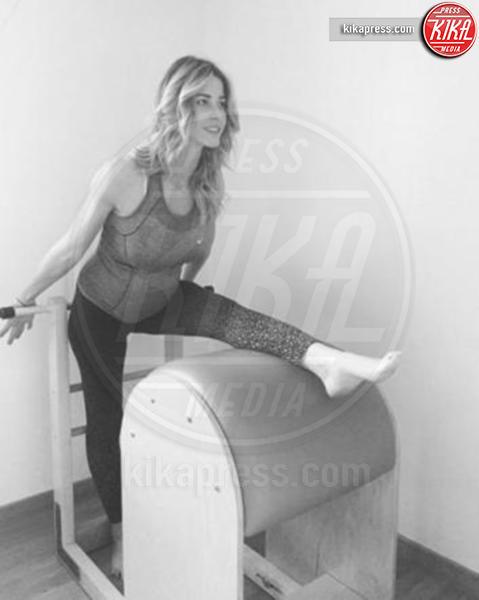 Elena Santarelli - 16-01-2016 - Star come noi: l'allenamento s'intensifica