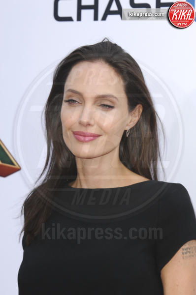 Angelina Jolie - Los Angeles - 16-01-2016 - Angelina Jolie ha una malattia autoimmune