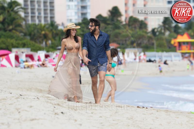 Federico Balocco, Federica Torti - Miami - 18-01-2016 - Federica Torti e Federico Balocco innamoratissimi a Miami
