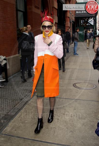 Rita Ora - New York - 12-03-2014 - Stasera non sai cosa mettere? Ricicla, fai come loro!