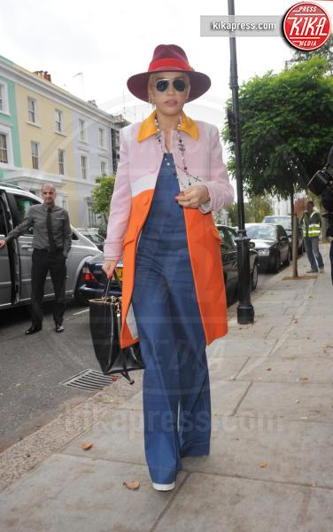 Rita Ora - Londra - 20-10-2014 - Stasera non sai cosa mettere? Ricicla, fai come loro!