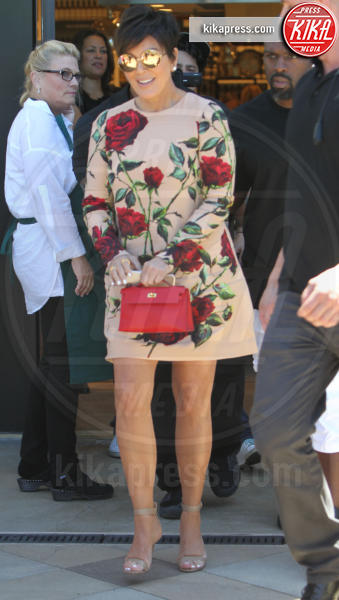 Kris Jenner - Los Angeles - 29-08-2015 - Chi lo indossa meglio? Kris Jenner ed Eleanor Tomlinson