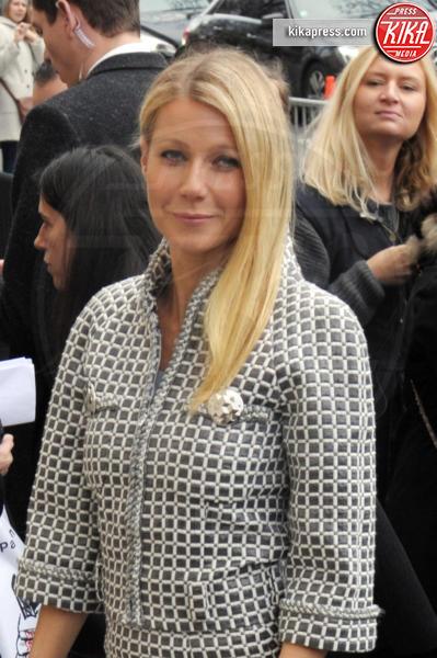 Gwyneth Paltrow - Parigi - 26-01-2016 - La guida al sesso anale di Gwyneth Paltrow
