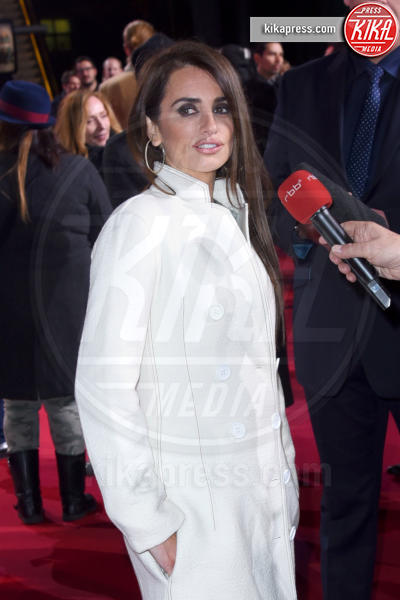 Penelope Cruz - Berlino - 02-02-2016 - Penelope Cruz sarà Donatella Versace in American Crime Story