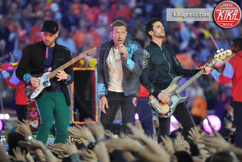 Guy Berryman, Jonny Buckland, Coldplay, Chris Martin - Santa Clara - 07-02-2016 - Eva Longoria, splendida 44enne: 10 cose che non sai di lei