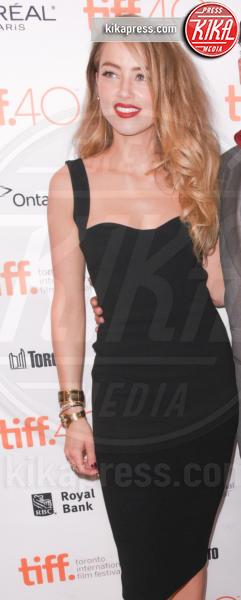 Amber Heard, Johnny Depp - Toronto - 14-09-2015 - Chi lo indossa meglio? Sofia Vergara e Amber Heard