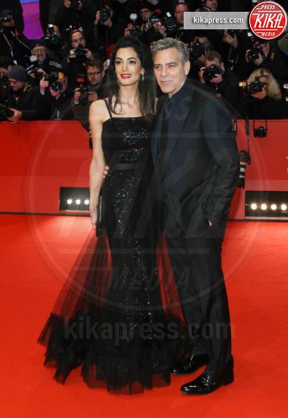 Amal Alamuddin, George Clooney - Berlino - 11-02-2016 - Qui sono nati i gemellini Clooney: entrate con noi