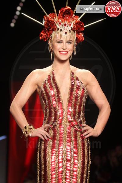Gigi Gorgeous - New York - 11-02-2016 - NYFW: tata Francesca è in passerella!