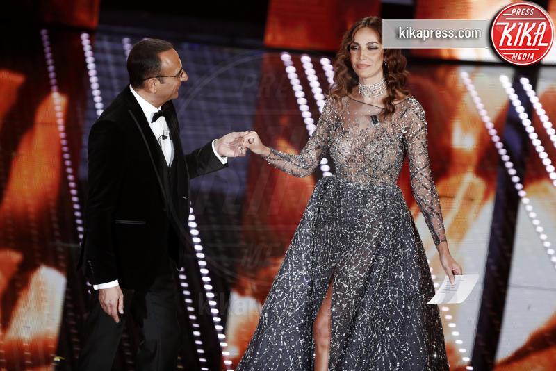 Madalina Ghenea - Sanremo - 13-02-2016 - Chi lo indossa meglio? Madalina Ghenea e Sarah Jessica Parker