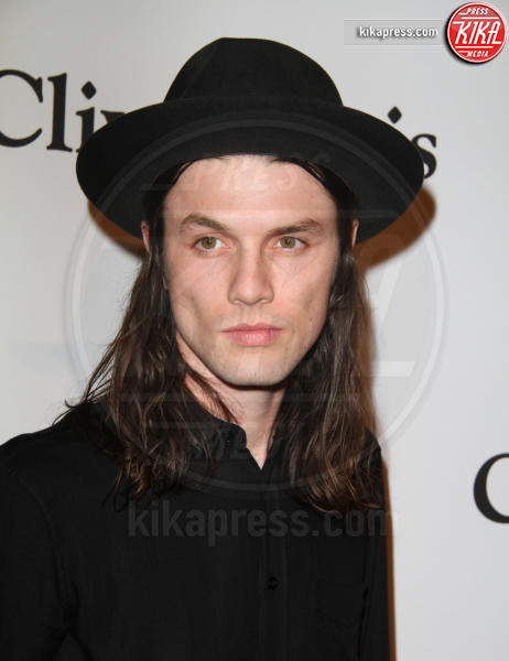 James Bay - Los Angeles - 14-02-2016 - Meghan Trainor si tinge di rosso per i Grammy