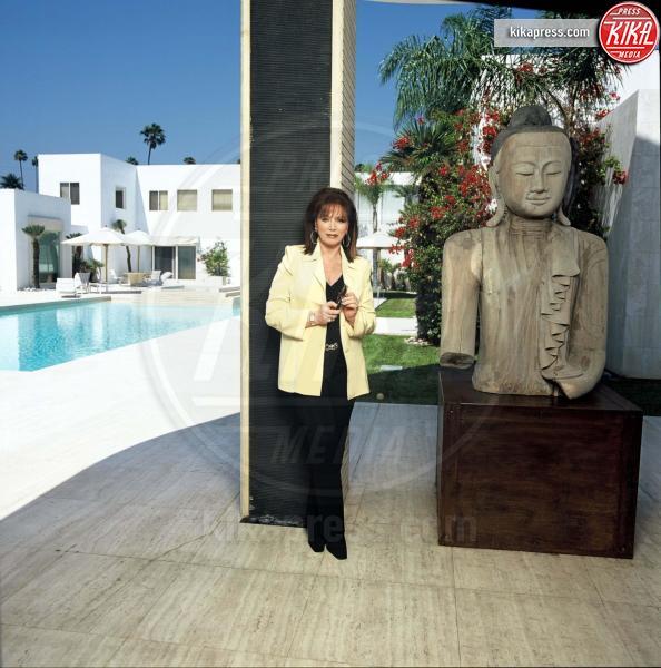 Jackie Collins - Beverly Hills - 17-07-1995 - A 5 mesi dalla morte in vendita la villa di Jackie Collins