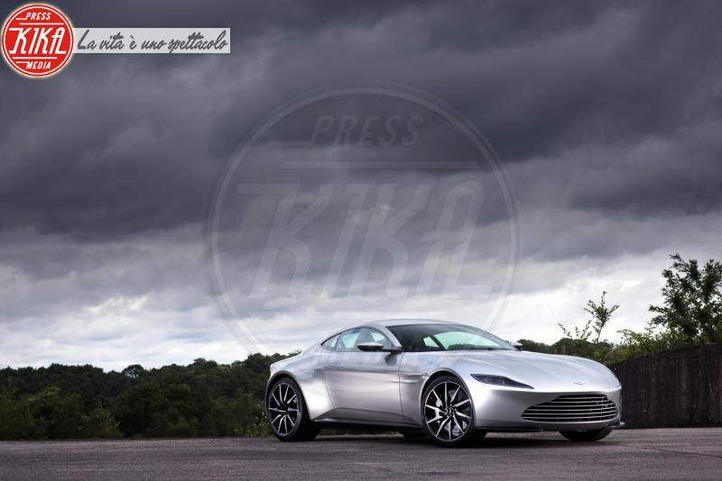 Aston Martin DB10 - Londra - 08-07-2015 - Asta record per la fuoriserie di Spectre. Ma resterà in garage