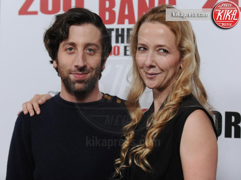 Jocelyn Towne, Simon Helberg - Los Angeles - 20-02-2016 - The Big Bang Theory, la decima stagione potrebbe essere l'ultima