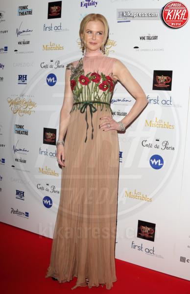 Nicole Kidman - Londra - 21-02-2016 - Le celebrity? Sul red carpet e fuori sono regine di... fiori!