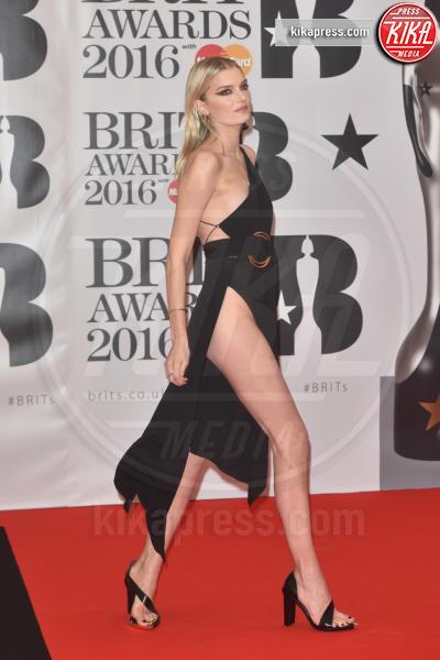 Lily Donaldson - Londra - 24-02-2016 - Kylie Minogue arriva con il futuro marito ai Brit Awards