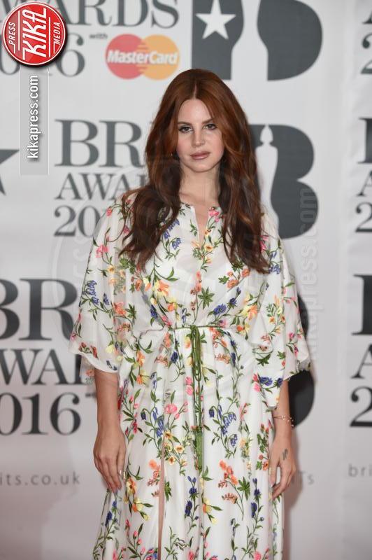 Lana Del Rey - Londra - 24-02-2016 - Kylie Minogue arriva con il futuro marito ai Brit Awards