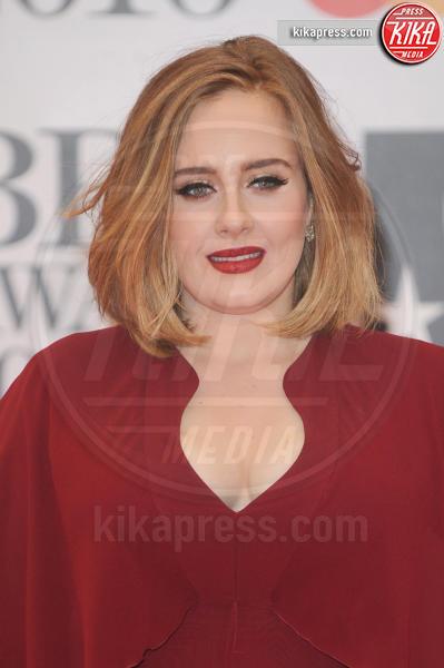Adele - Londra - 24-02-2016 - La coda di paglia di Adele: ti lascio e ti compro una villa