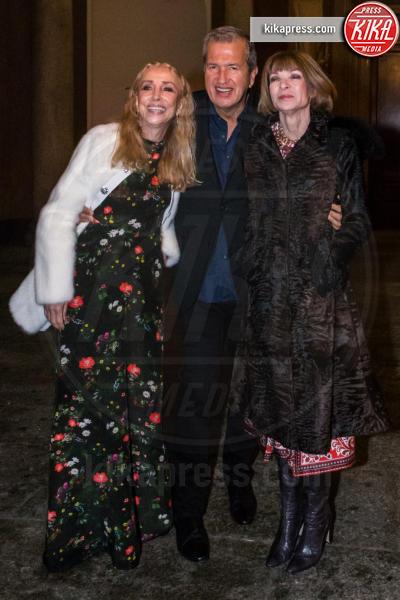 Franca Sozzani, Mario Testino, Anna Wintour - Milano - 28-02-2016 - Milano Fashion Week: Rita Ora al Testino party