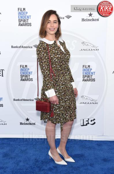 Emilia Clarke - Santa Monica - 27-02-2016 - Le celebrity? Sul red carpet e fuori sono regine di... fiori!